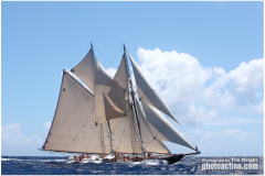 COLUMBIA (USA)<br/>Gloucester Fishing Schooner 141′ 2009